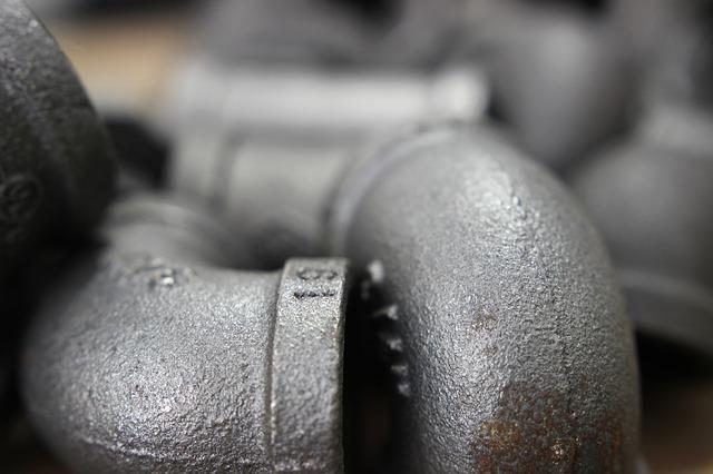 Przegląd bezkielichowych kształtek żeliwnych Duker